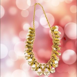 🆕 LENORA DAME long gold tone, faux pearls nklce